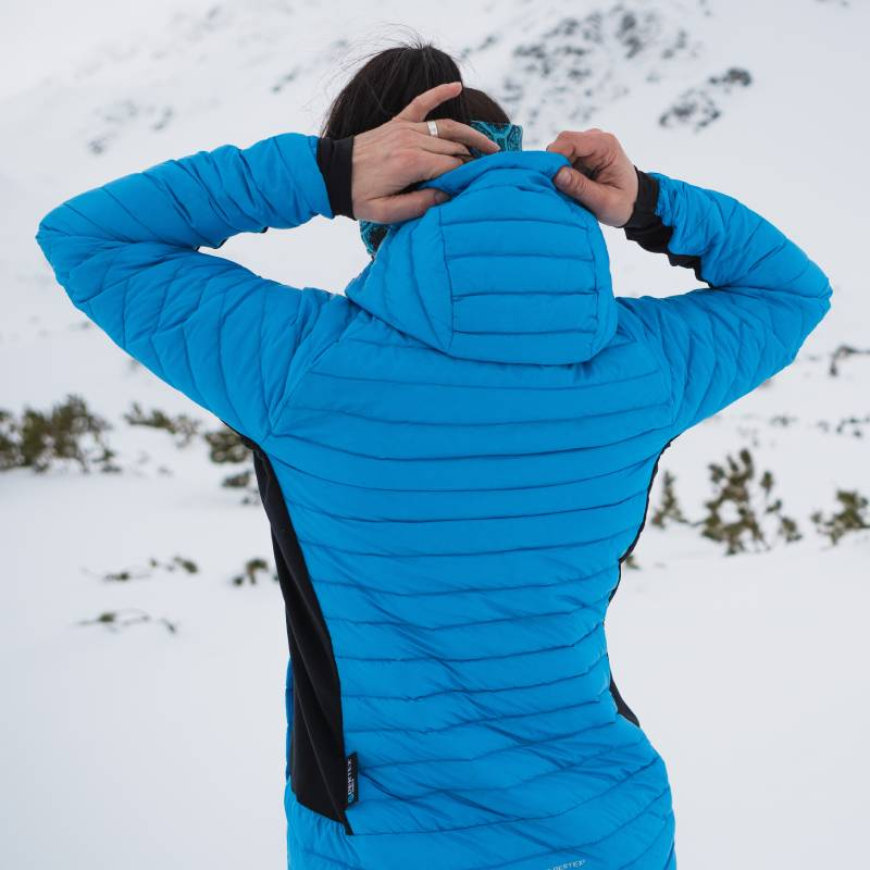 Damska kurtka puchowa na skitury
